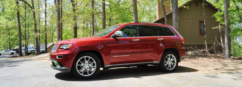 Car-Revs-Daily.com Road Test Review - 2014 Jeep Grand Cherokee Summit V6 9
