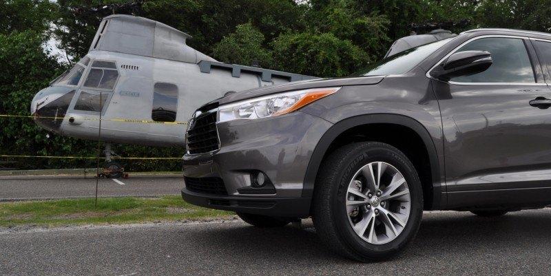 Car-Revs-Daily.com Road Test Review - 2014 Toyota Highlander XLE V6 67