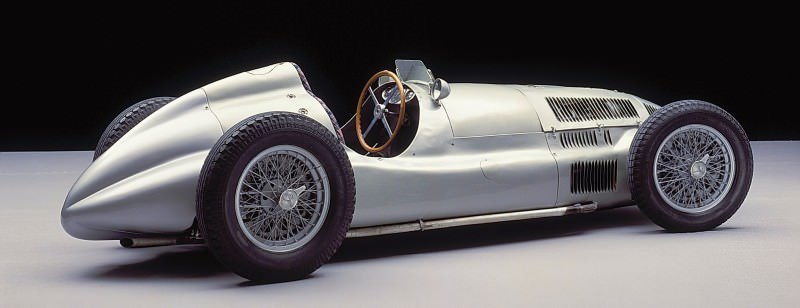 CarRevsDaily - Hour of the Silver Arrows - Action Photography 60