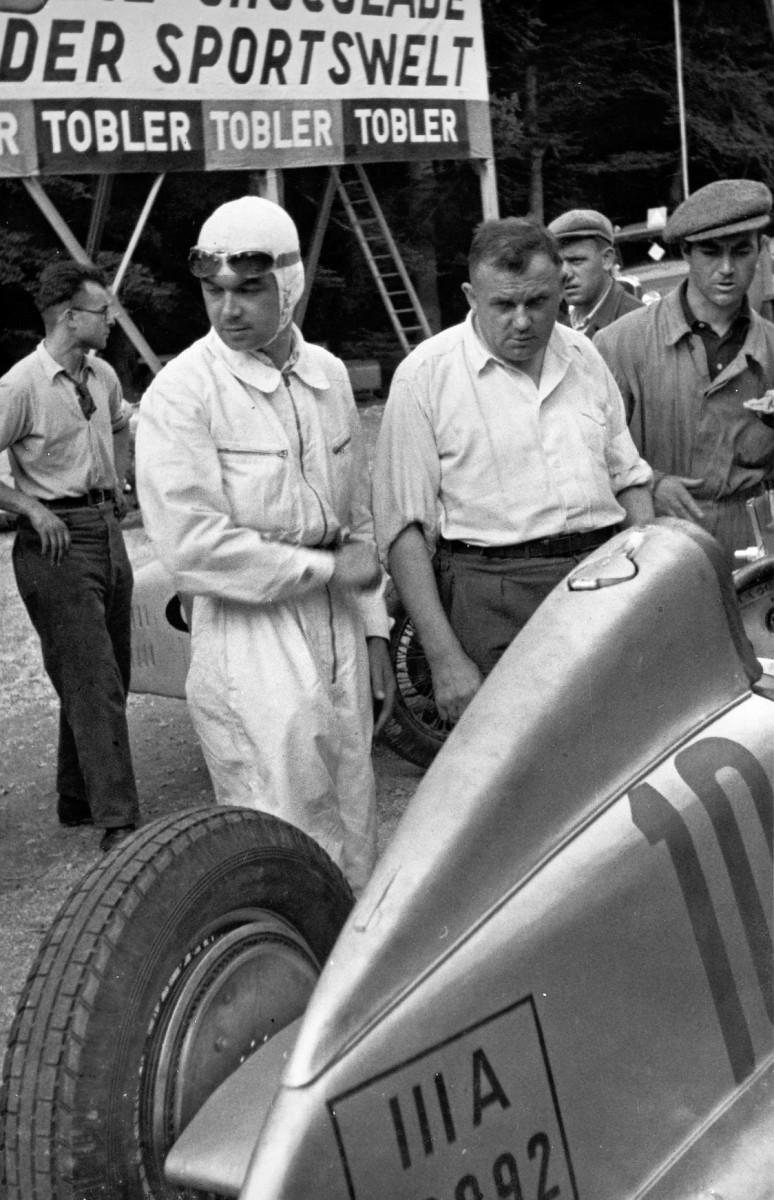 CarRevsDaily - Hour of the Silver Arrows - Action Photography 94