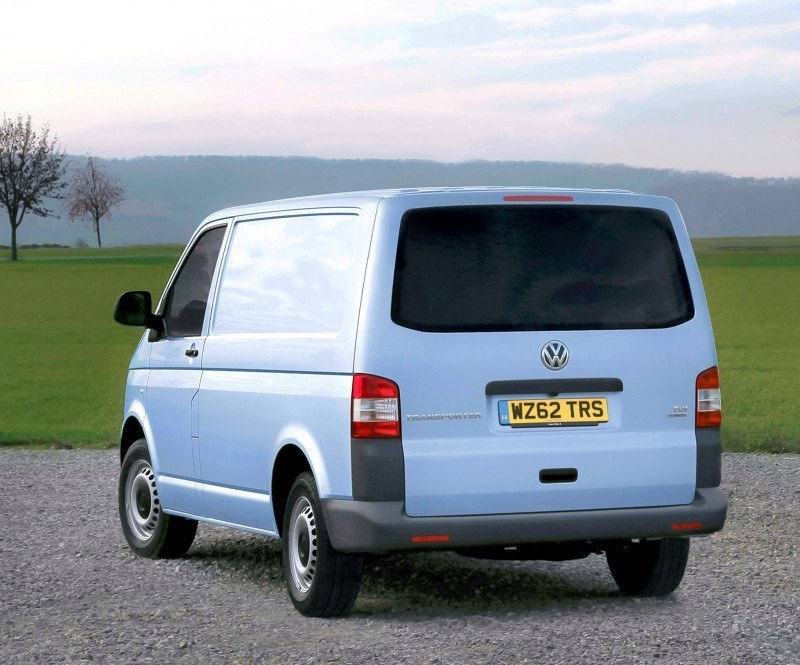Happy B-Day to the Volkswagen Minibus and Transporter! Work Van Legend Turns 60 in UK This Year 38