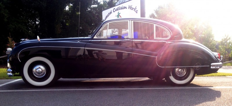 Iconic Classic - 1959 JAGUAR Mark IX Is Blue-Blood Royalty With Most Divine Cabin of the 1950s 12