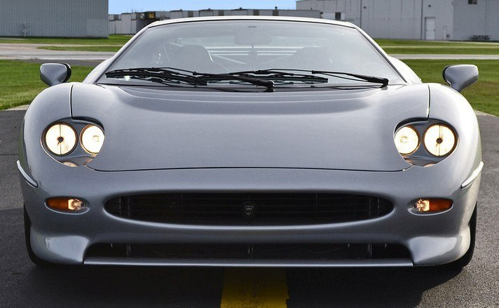 Supercar Icons - 1992 JAGUAR XJ220 Still Enchants the Eye and Mind, 22 Years Later 37