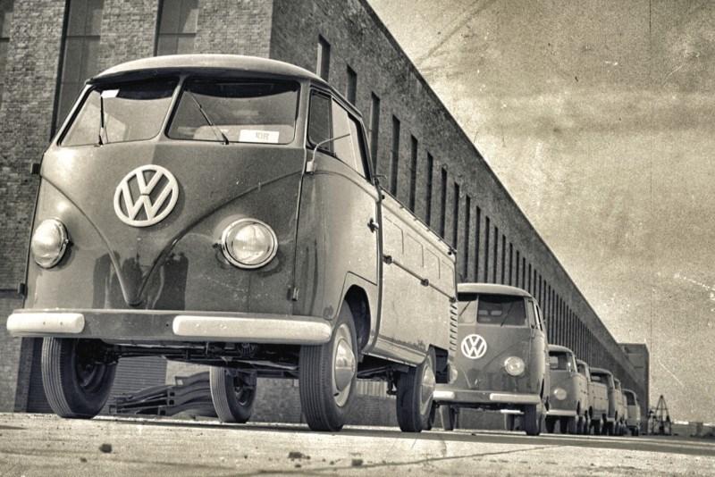 UK VW Commercial Transporter 60 years 7