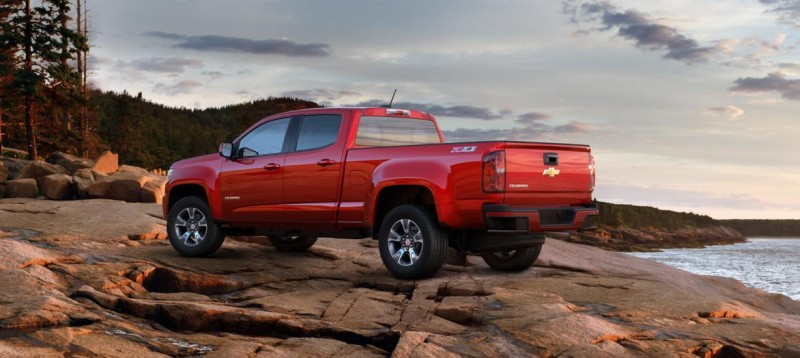 Updated With Pricing and Colors - 2015 Chevrolet Colorado Z71 Brings Cool Style, Big Power 3