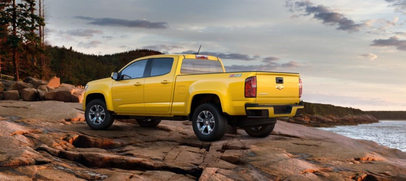 Updated With Pricing and Colors - 2015 Chevrolet Colorado Z71 Brings Cool Style, Big Power 47