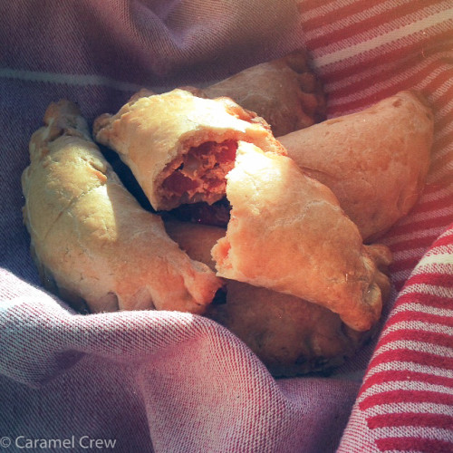 The perfect spicy appetizer recipe or a satisfying savory snack, these Pimenton & Bell Pepper Hot Pockets are seriously addictive and packed with flavor.