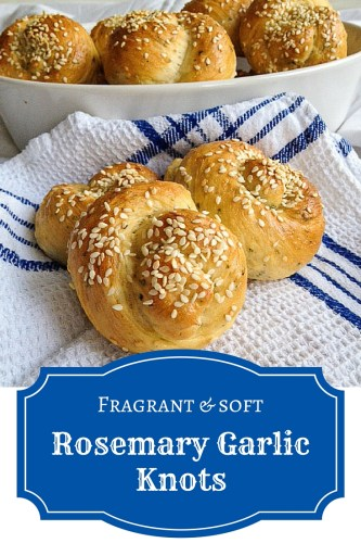 Fresh rosemary, garlic and sesame seeds give these soft garlic dinner rolls a gorgeous flavor. An easy appetizer recipe for supremely tasty dinner rolls.