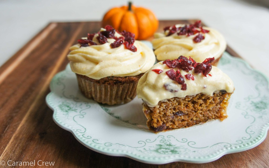 Easy recipe for moist pumpkin carrot cupcakes with cranberries