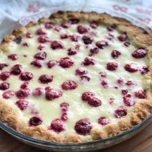 This velvety soft vanilla custard berry tart gets its creamy texture from mascarpone and Greek yogurt, so no actual custard-making is required. Creamy vanilla filling with berries is a perfect combo for a delicious, easy dessert.