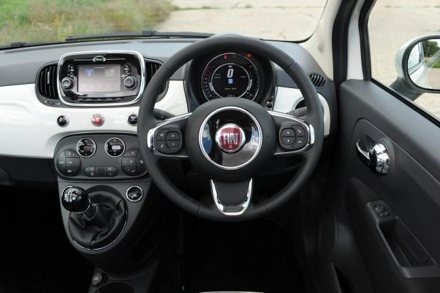 Fiat 500 Lounge Black Interior