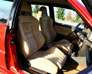 Lancia-Delta-HF-Integrale-EVO-2-asientos-recaro