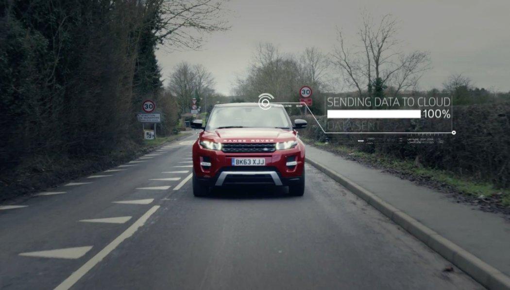 Jaguar Land Rover identifica el estado de la calzada.