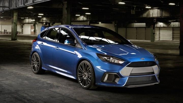 "Nuevo Ford Focus RS. ""Astonishing""."