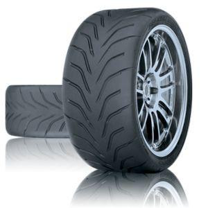 neumático semi-slick