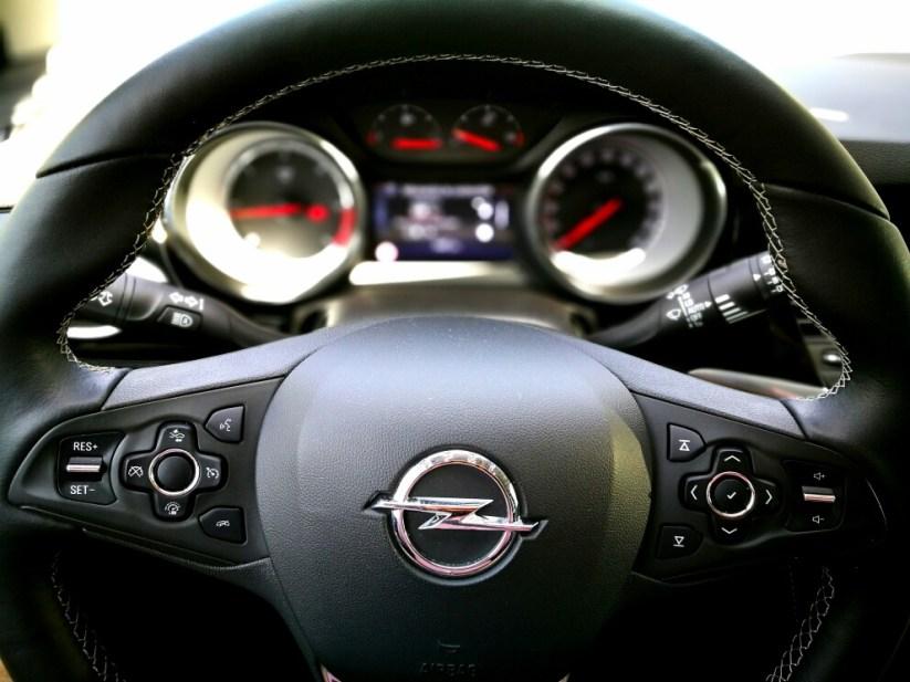 Volante Opel Astra 2017 1.6 CDTi 110cv Excellence