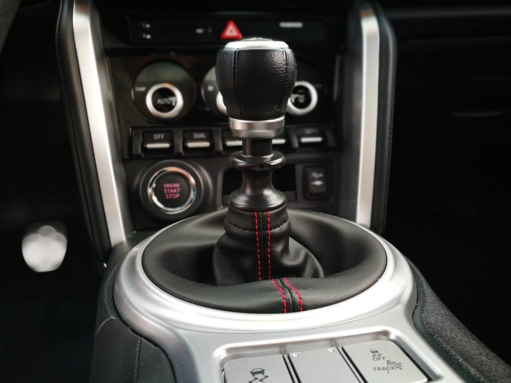 Palanca de Cambios Subaru BRZ