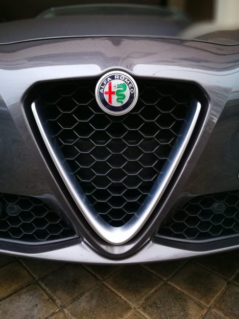 Alfa Romeo Giulia parrilla