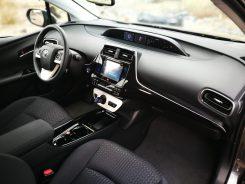 Interior Prius 4