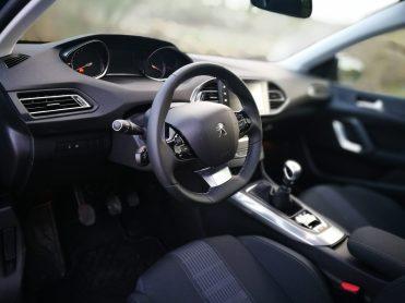 Puesto conducción 308 Allure