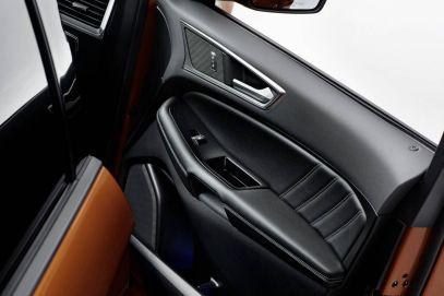 Ford Edge - Puerta
