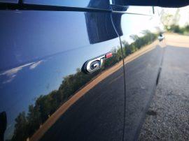 Emblema GT