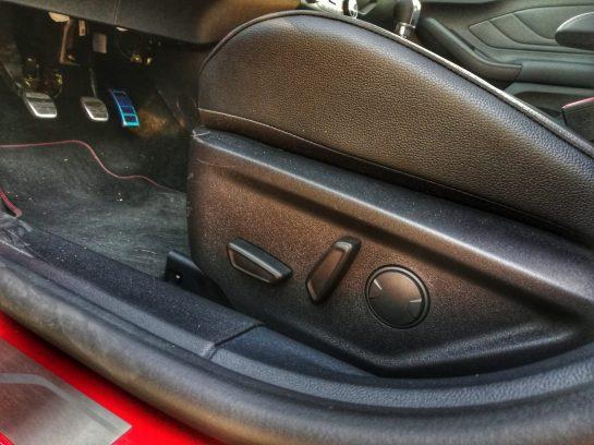Asiento del conductor con reglajes eléctricos