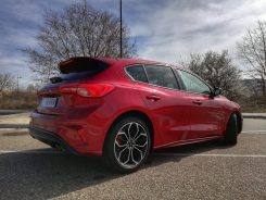 Lateral Ford Focus ST-Line