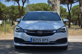 Frontal Opel Astra GSI Line