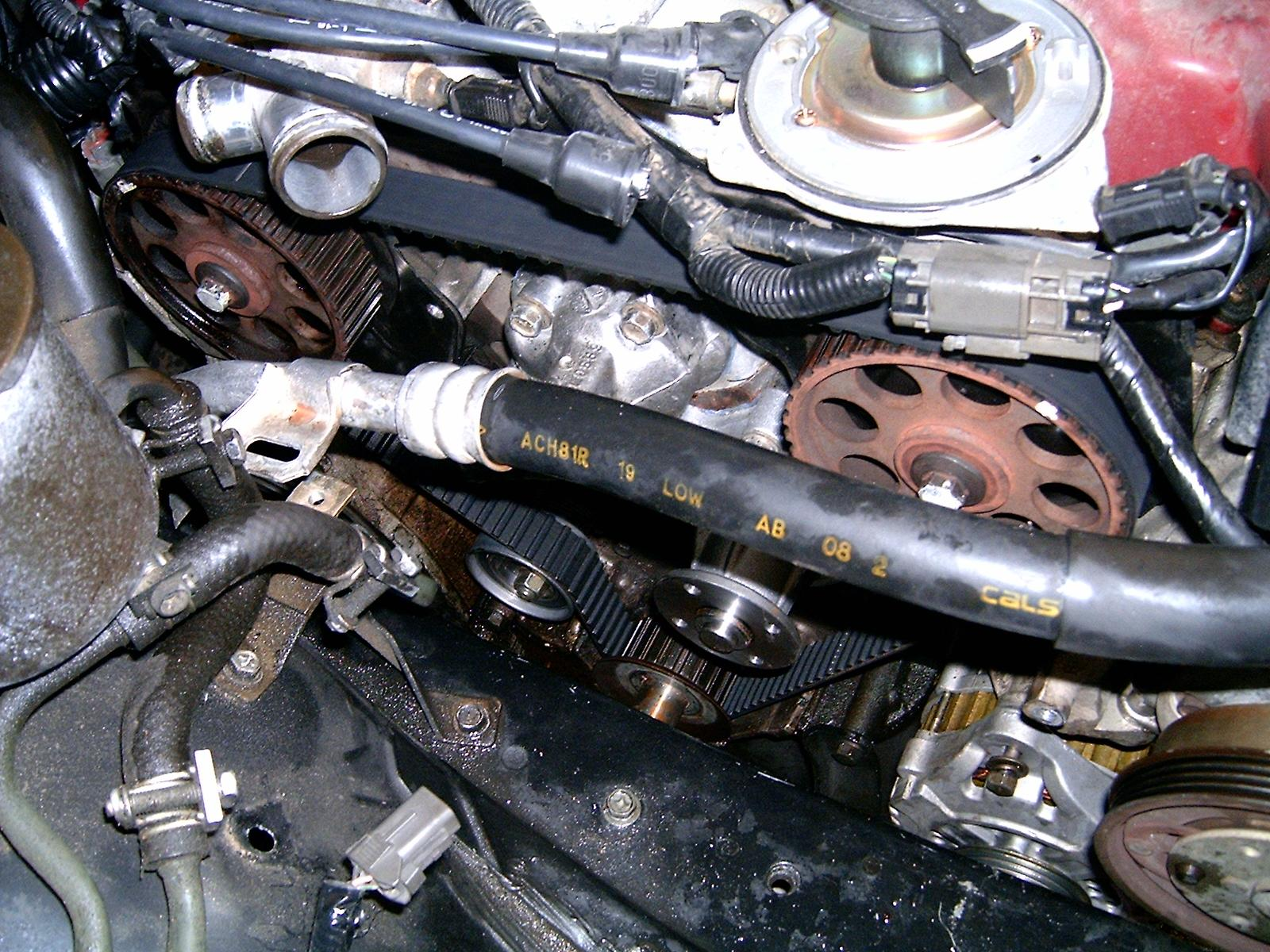hight resolution of nissan maxima upper timing belt cover