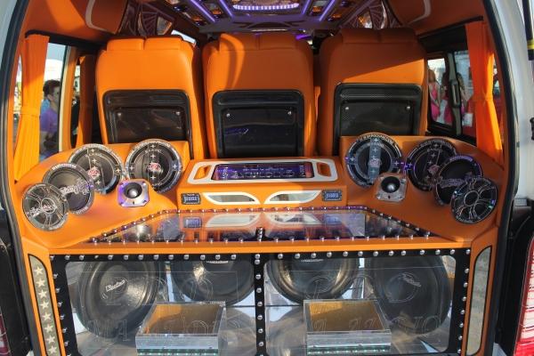 เปิดแล้วมหกรรมรถตู้แห่งประเทศไทย 12-14 ธันวาคม นี้ที่ สนามแข่งรถปทุมธานี สปีดเวย์