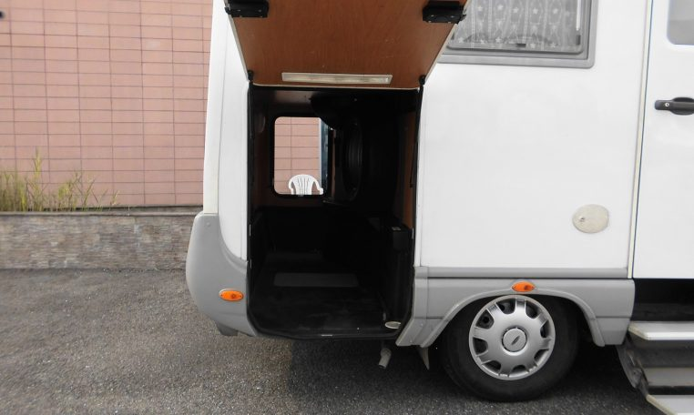 Camper Motorhome Laika Ecovip H 680 motorhome con doppio