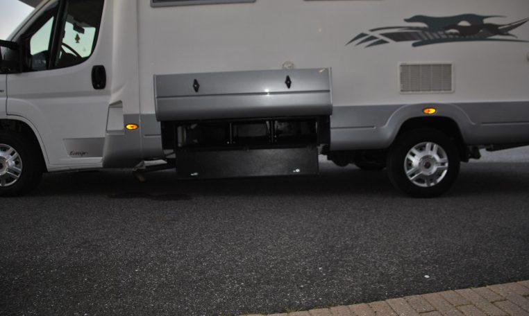 Camper Mansardato Laika Ecovip 9 classico mansardato per famiglia con doppio pavimento