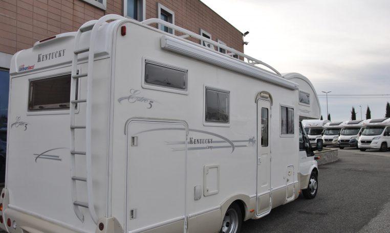 Camper Mansardato Kentucky Estro 5  Caravanbacci Kentucky Estro 5 mansardato con garage