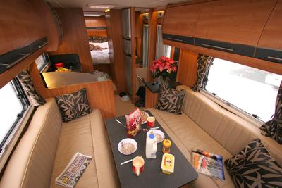 Auto-Trail Comanche lounge/dining area