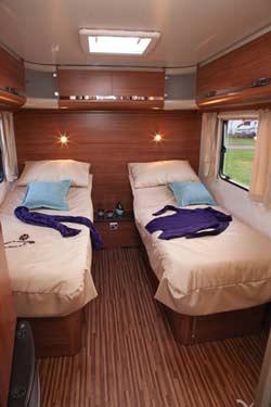 adria split bed
