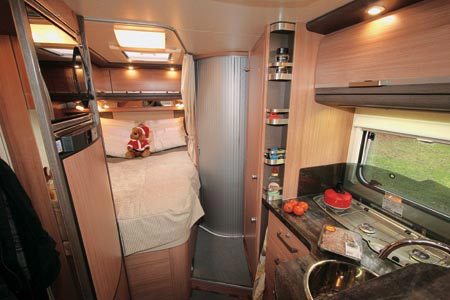 Knaus Sky TI 650 MF Kitchen and fixed bed