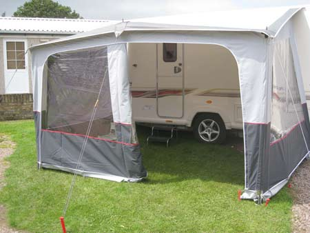 Roll Out Caravan Awnings Fiamma Vs Thule Vs Isabella