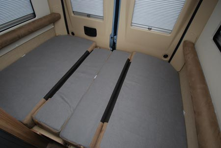 autocruise bed