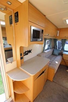 2014 Elddis Compass Corona 462 dresser and lounge
