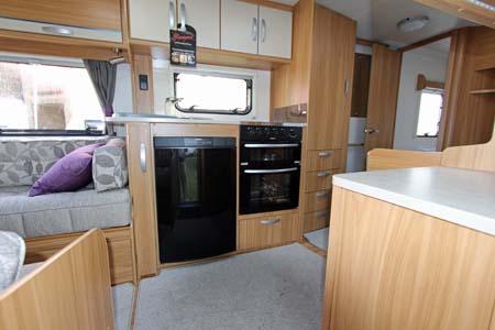Lunar Quasar 564 Caravan Kitchen