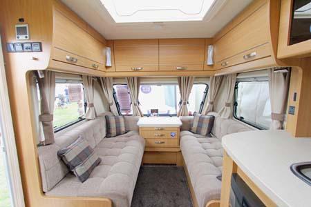 Elddis Compass Omega 540 Lounge