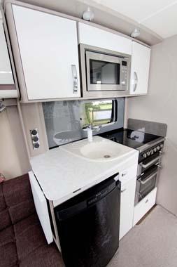 Sterling Eccles SE Topaz Kitchen
