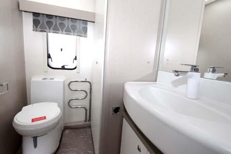 Sterling Eccles SE Topaz Shower room V1