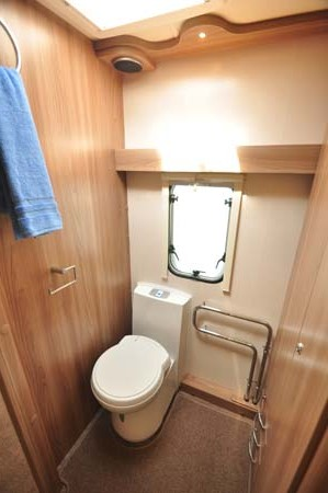 Swift Conqueror 480 Toilet