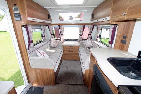 Elddis Affinty 540 Interior Looking Forward
