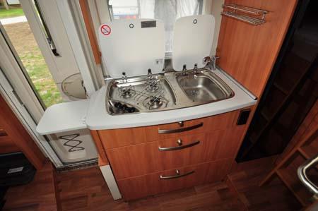 Hymer Exsisi 414 Kitchen