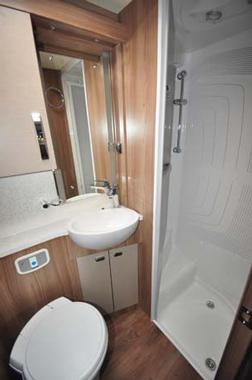 Swift Kon-Tiki 635 washroom