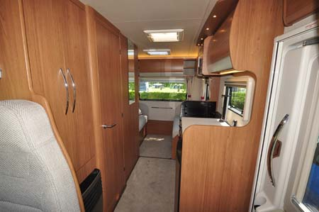 Auto-Trail Imala 720 Interior