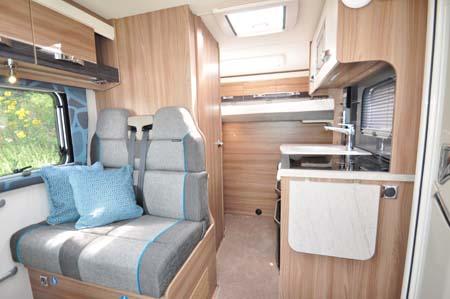 Swift Rio 325 Interior